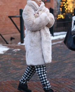Kate Hudson Trench Fur Coat